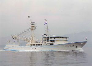 海外旋網漁船