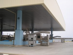 外港6バース 大屋根